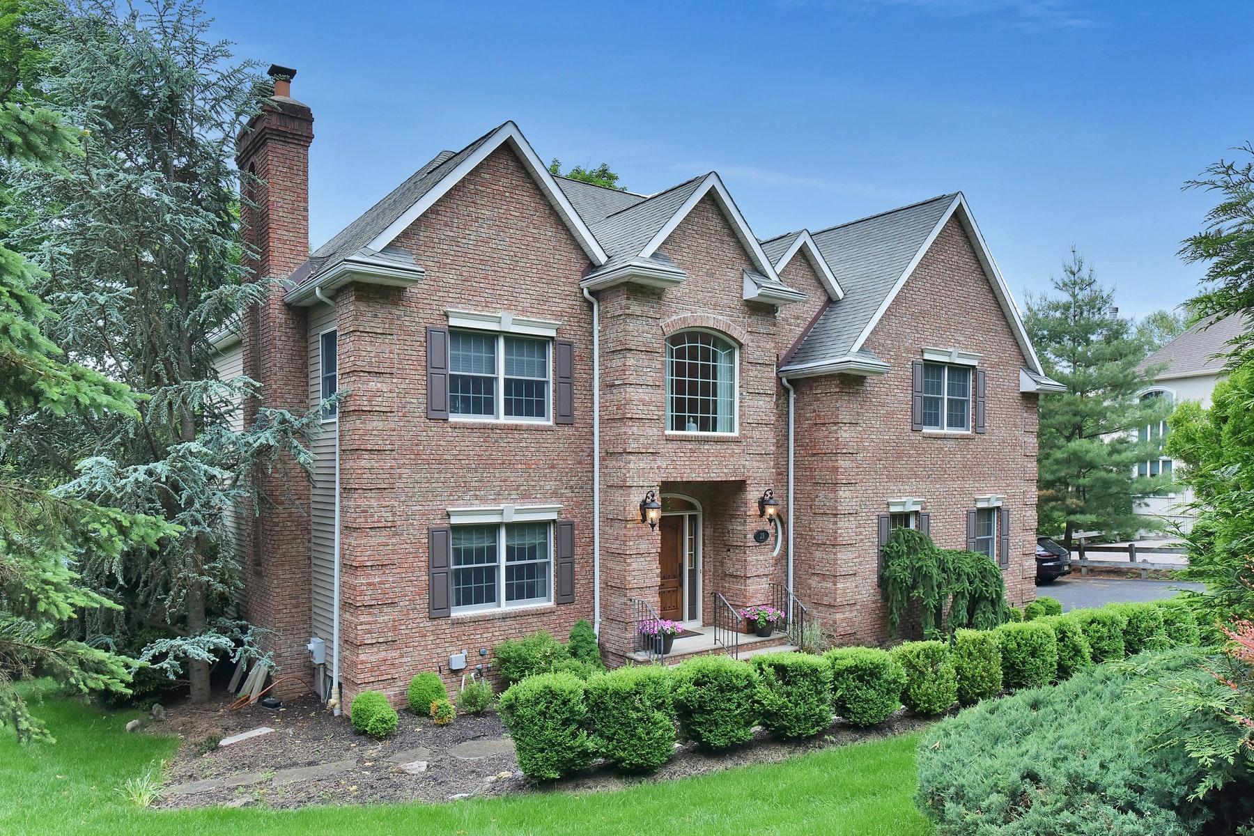 Maison unifamiliale pour l Vente à Rio Vista Patio Home 28 Village Drive Mahwah, New Jersey 07430 États-Unis