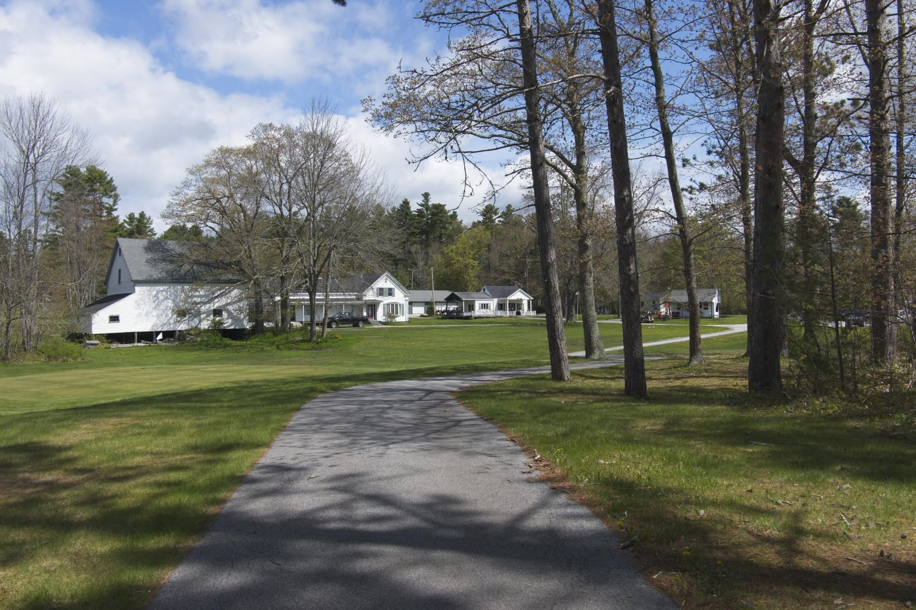 Single Family Homes للـ Sale في Searsport Pines Golf Course 240 Mount Ephraim Road, Searsport, Maine 04974 United States