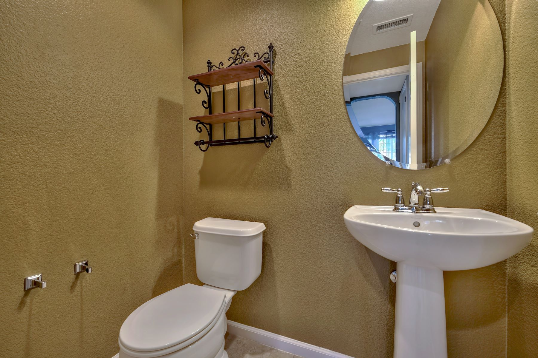 Additional photo for property listing at 6571 Voyage Drive, Sparks, NV 6571 Voyage Drive Sparks, Nevada 89436 United States