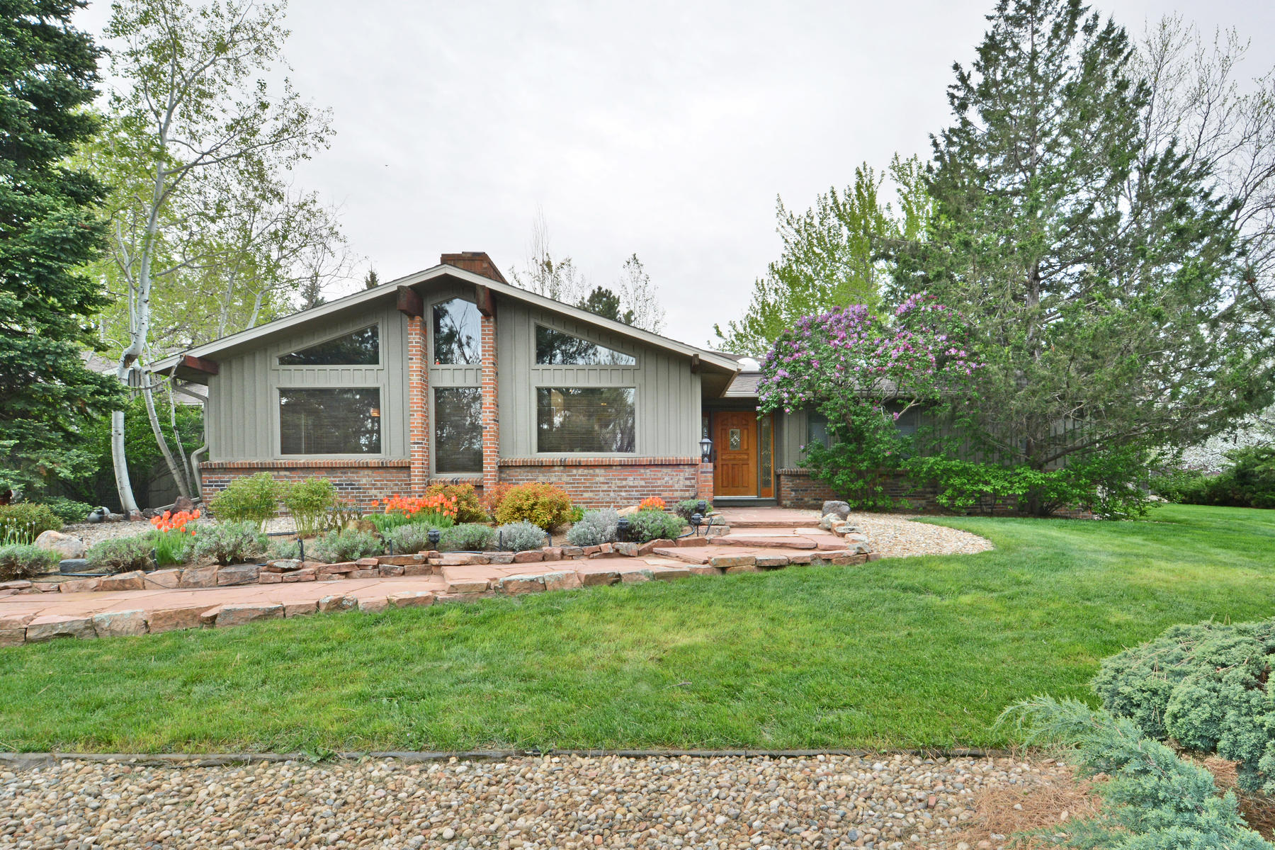 Single Family Home for Active at Bright Home Nestled On A Peaceful Oasis 7666 O Connor Rd Boulder, Colorado 80303 United States