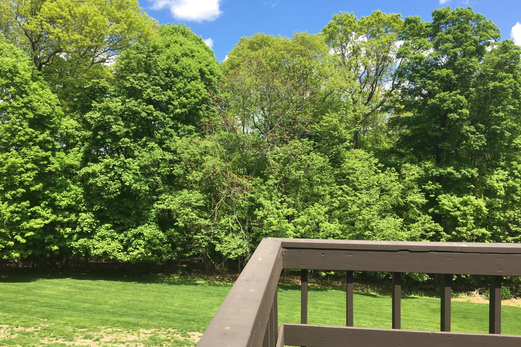 Additional photo for property listing at Cotswold Townhouse 34 Cotswold Drive North Salem, New York 10560 United States