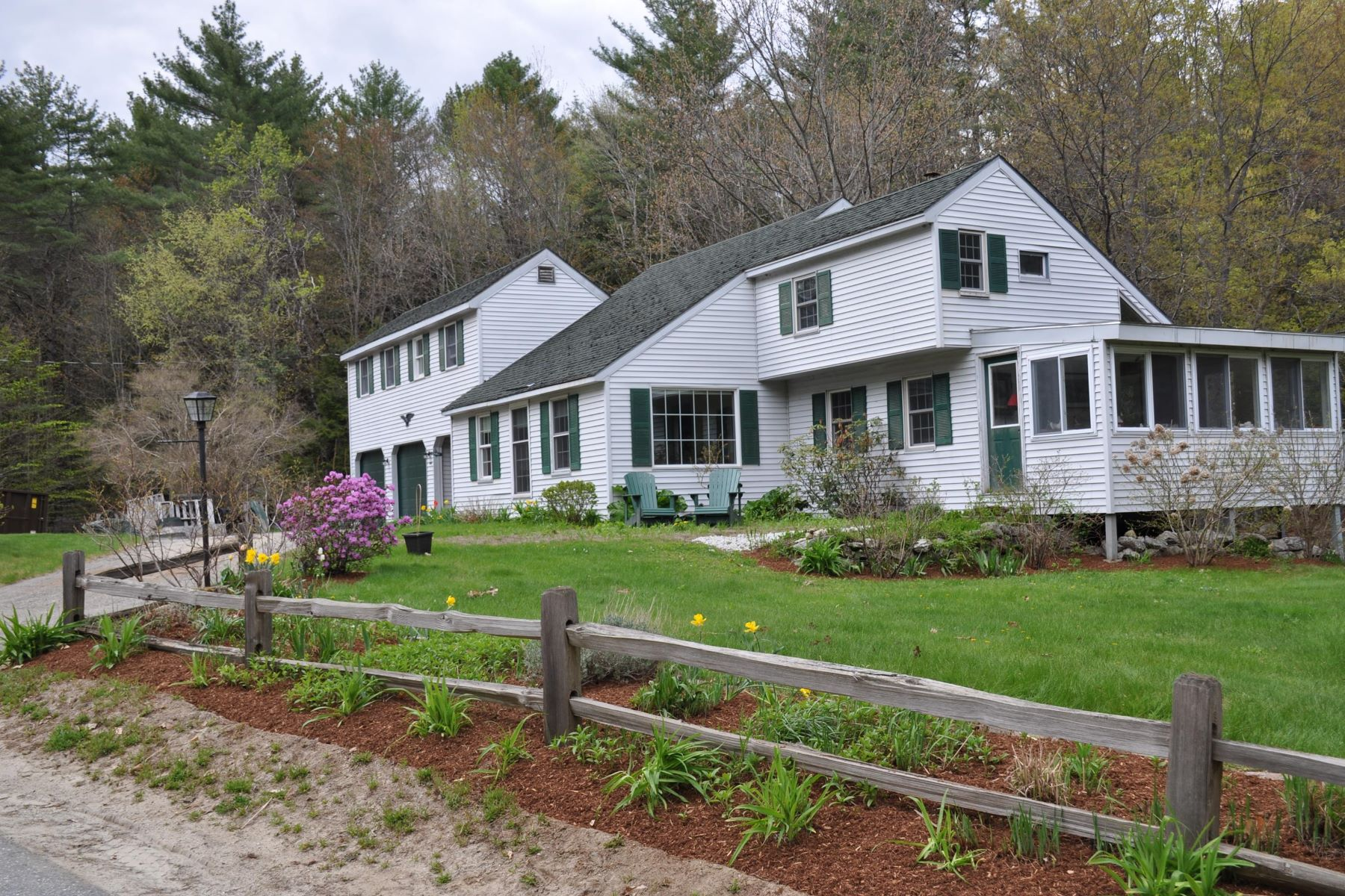 Single Family Home for Sale at Wilmot Loop 42 Cross Hill Rd Wilmot, New Hampshire 03287 United States