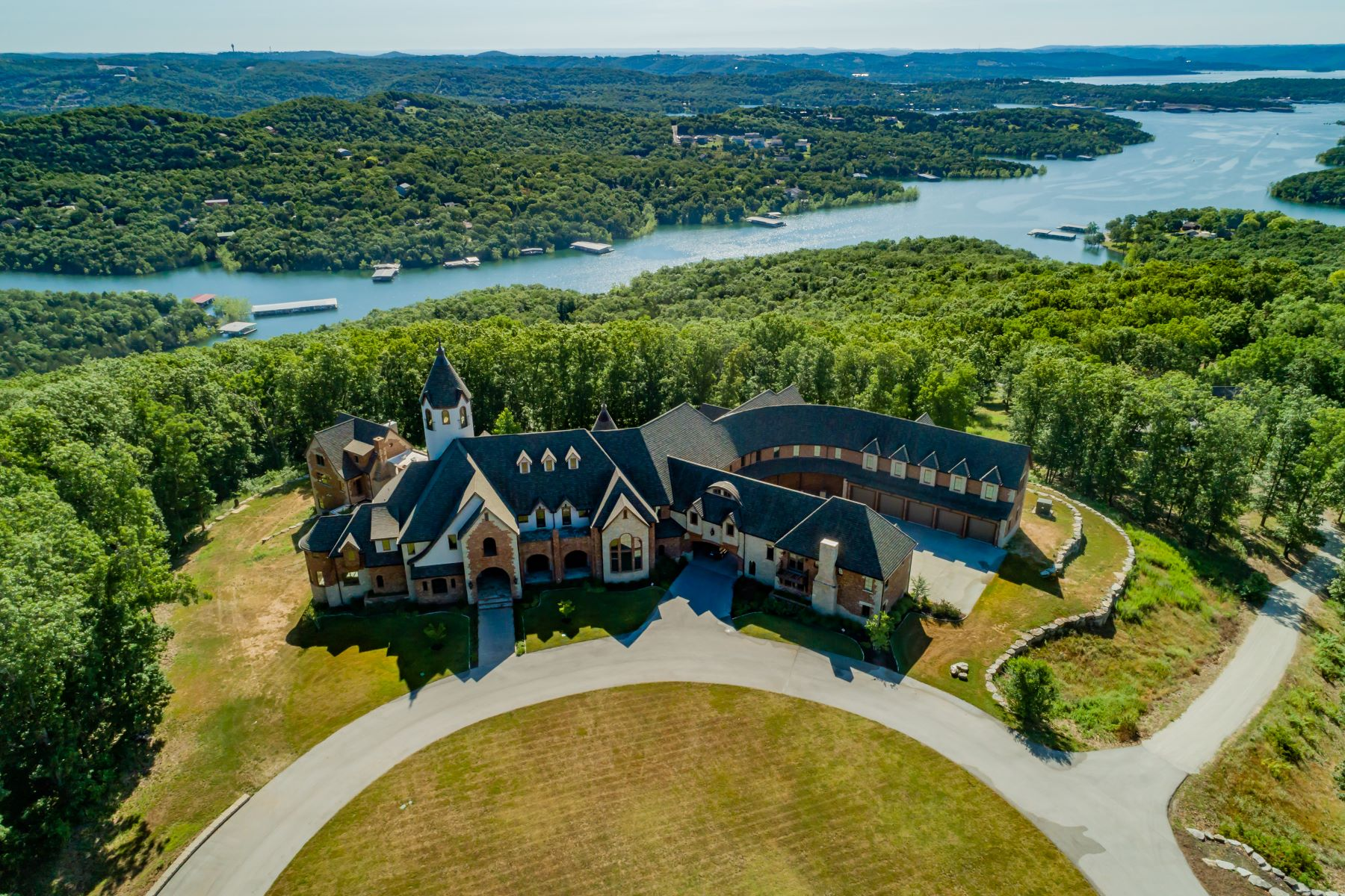Single Family Homes for Sale at Table Rock Lake Estate 2866 State Highway DD Branson West, Missouri 65737 United States