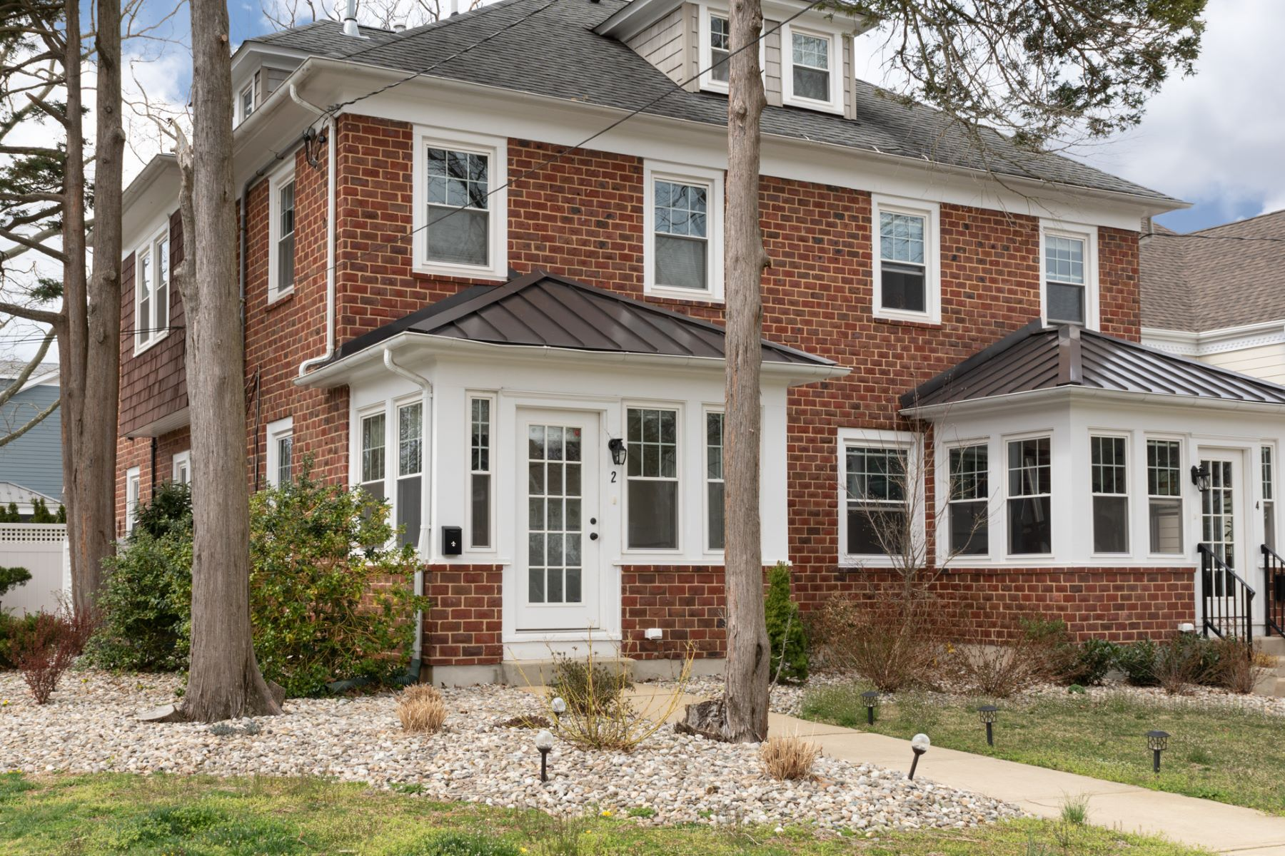 Renovated In-Town Beauty Pairs Luxury with Charm 2 Harris Road, Princeton, New Jersey 08540 Hoa Kỳ