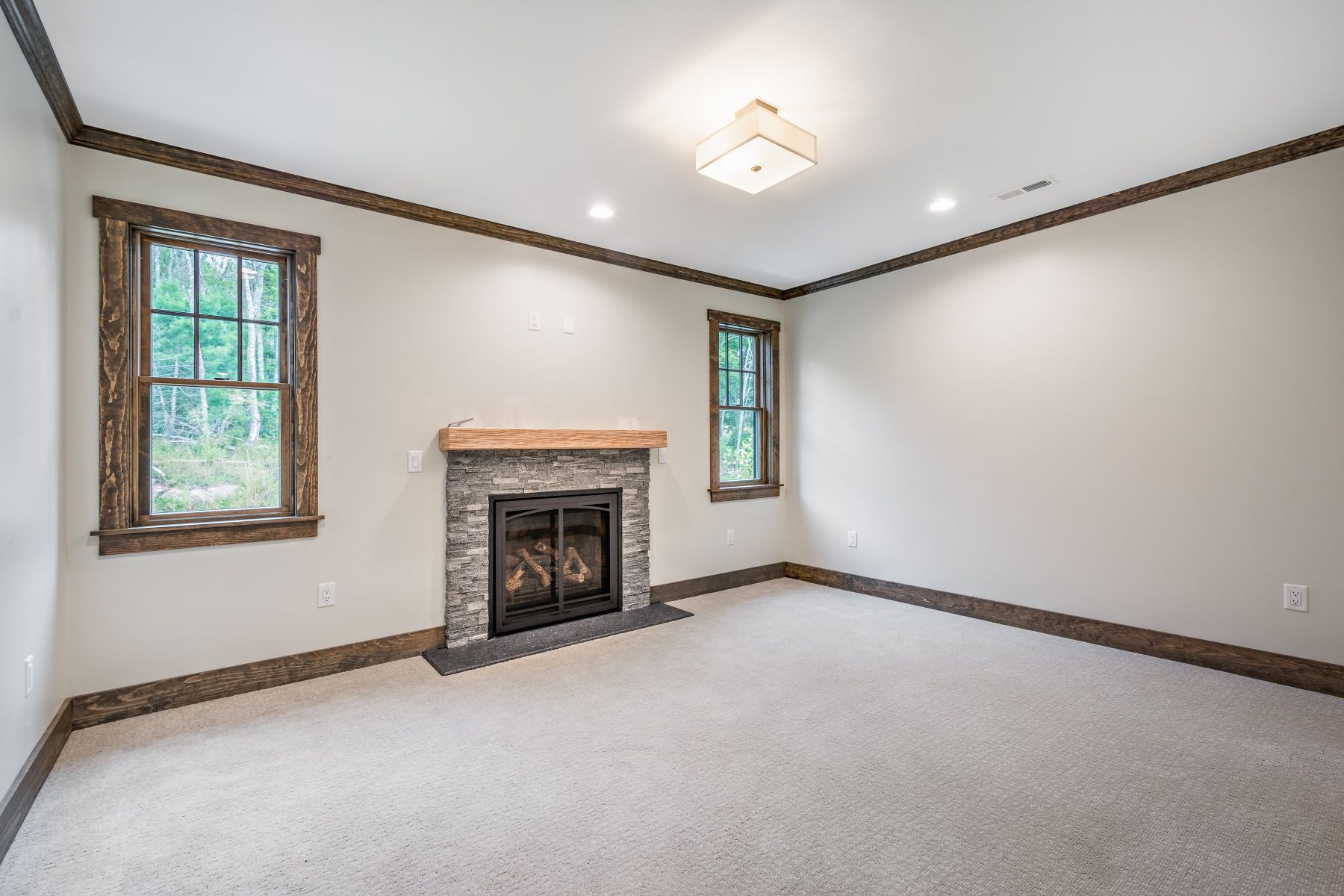 Additional photo for property listing at The Preserve at Boulder Hills 87 Kingstown Road Unit M6 Richmond, Rhode Island 02898 United States