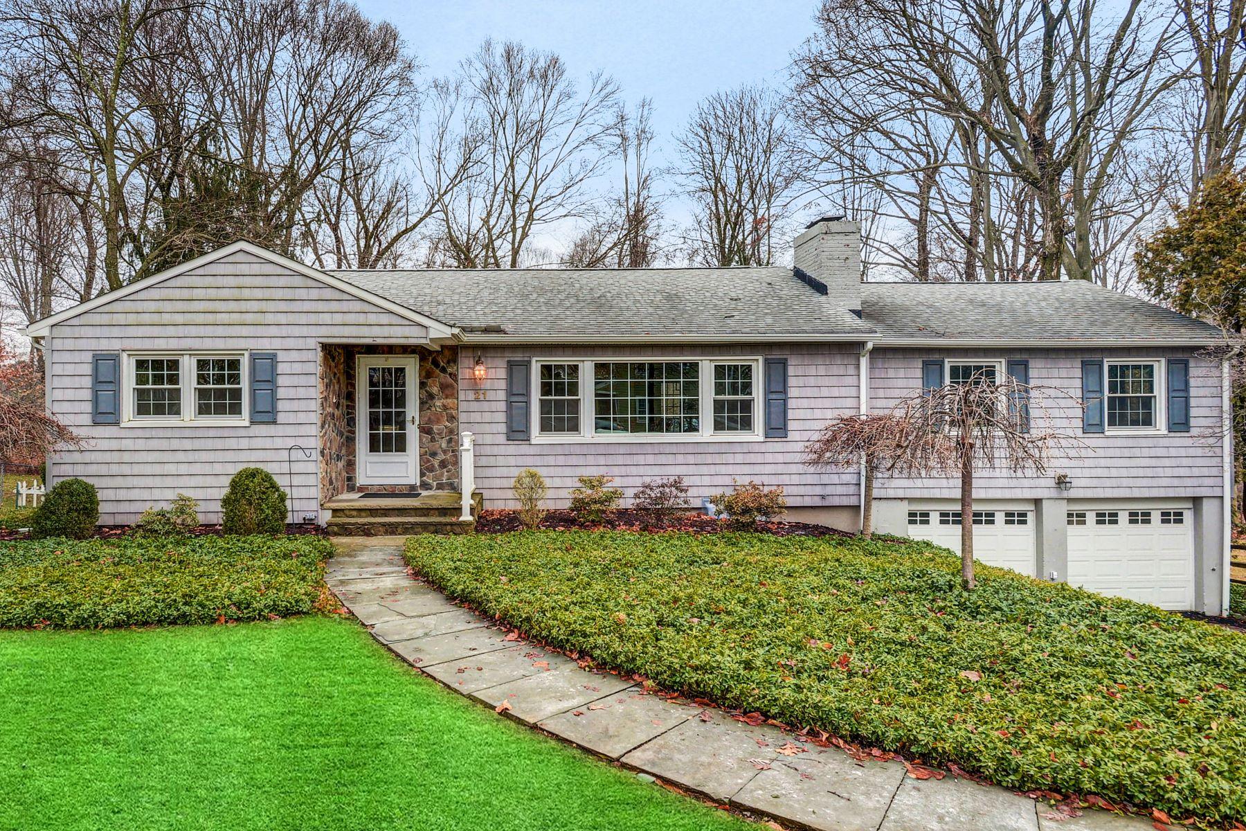 Single Family Homes por un Venta en Refreshed and Updated! 21 Townsend Drive Florham Park, Nueva Jersey 07932 Estados Unidos