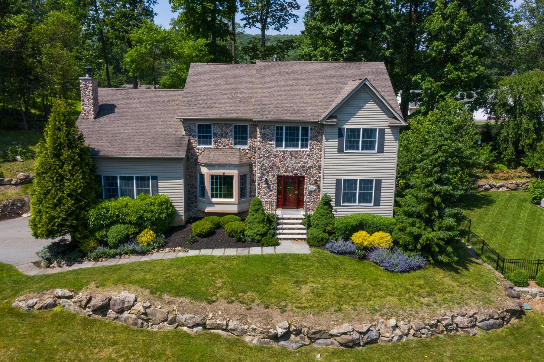 Single Family Homes 용 매매 에 Luxurious Colonial 9 Kosakowski Drive, Morris Plains, 뉴저지 07950 미국