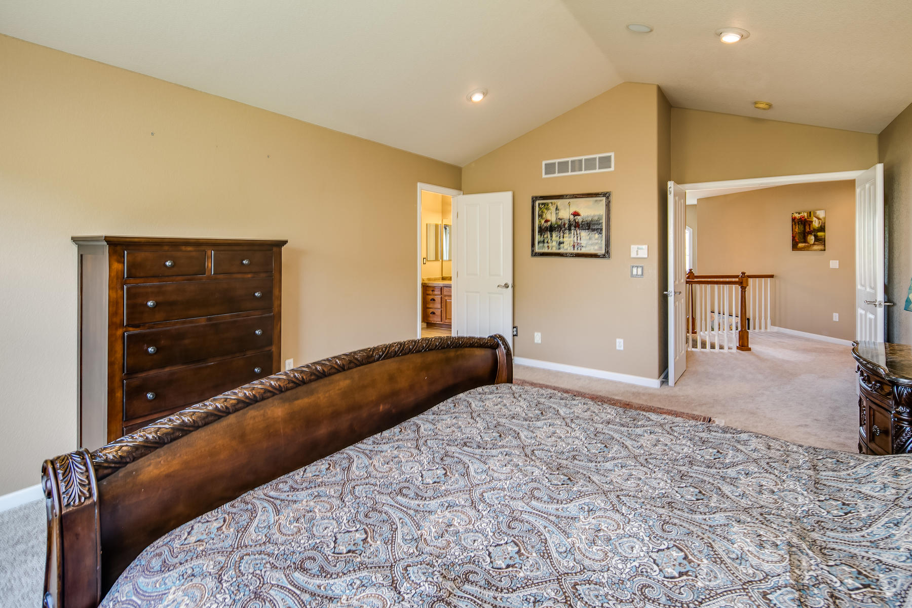 Additional photo for property listing at Beautifully maintained home in Piney Creek Village. 16856 E Lake Ave Centennial, Colorado 80016 United States