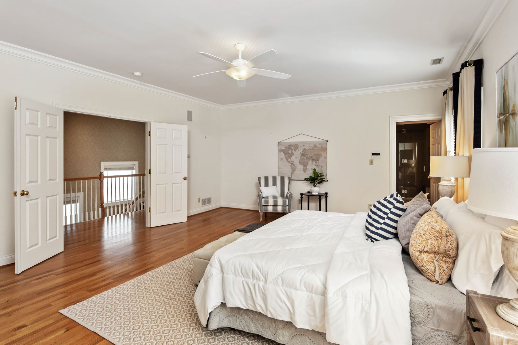 Additional photo for property listing at Gay Ave 248 Gay Ave Clayton, Missouri 18057 United States