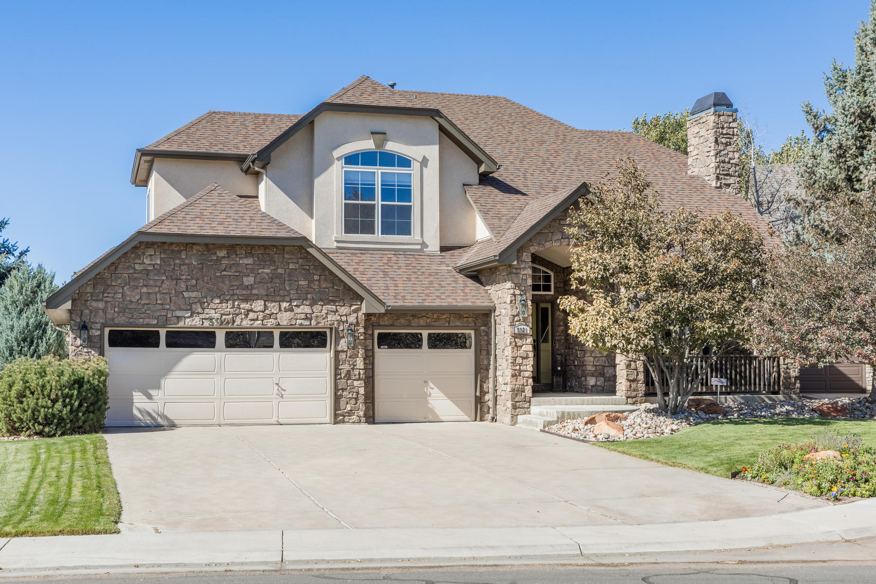 Single Family Homes for Sale at Enjoy your Colorado natural and active lifestyle in this splendid home! 5921 S Eagle St Centennial, Colorado 80016 United States