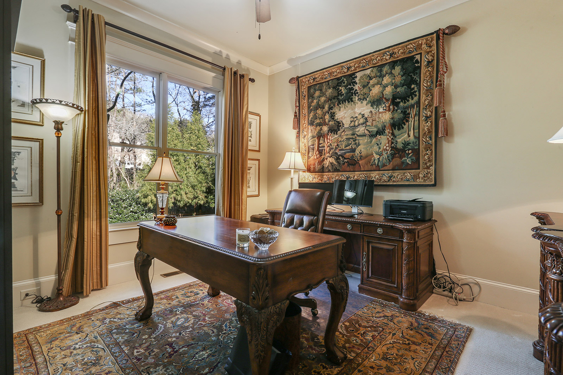 Additional photo for property listing at Meticulous Home In The Heart Of Vinings 3830 Randall Farm Road SE Atlanta, Georgia 30339 United States