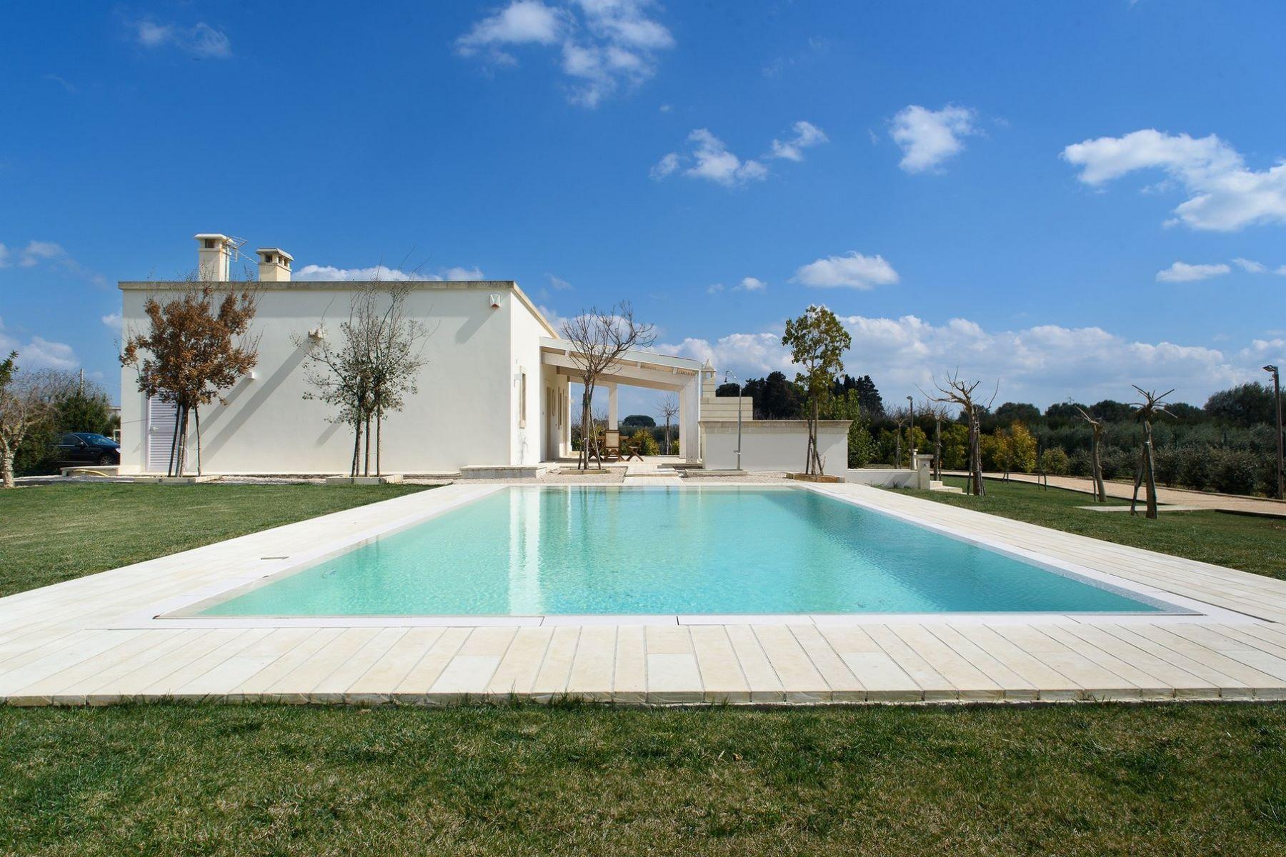 Additional photo for property listing at Stone design villa in Salento Contrada Contatore Cutrofiano, Lecce 73020 Italy