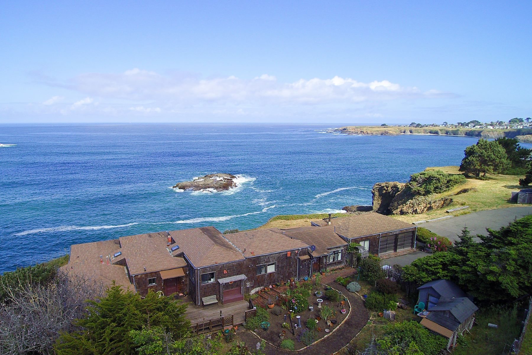 Additional photo for property listing at Iconic Views of Mendocino 9600 N Hwy One Mendocino, California 95460 Estados Unidos