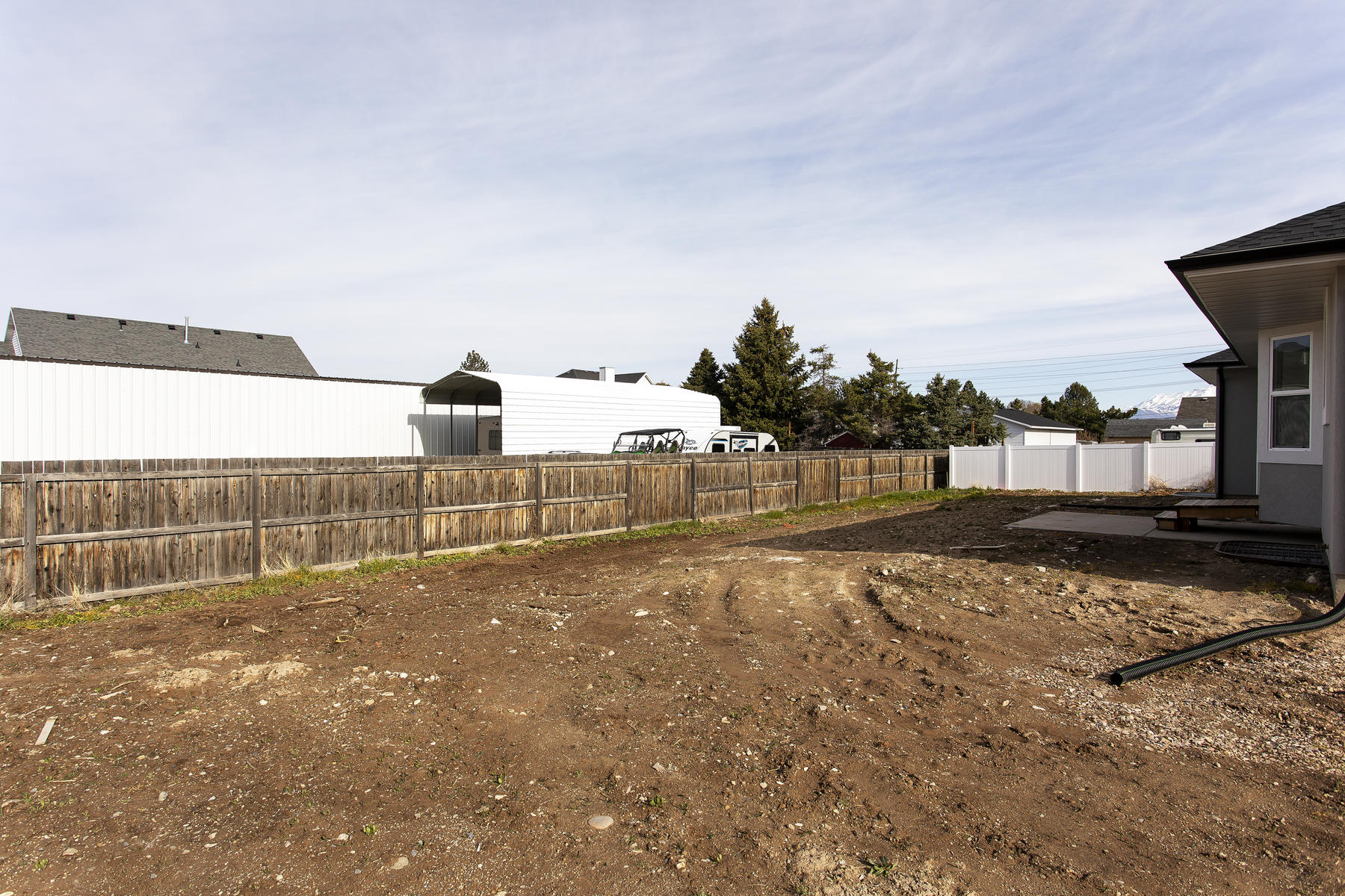 Additional photo for property listing at Just finished in Spanish Fork 1108 South 2300 East, Spanish Fork, 유타 84660 미국