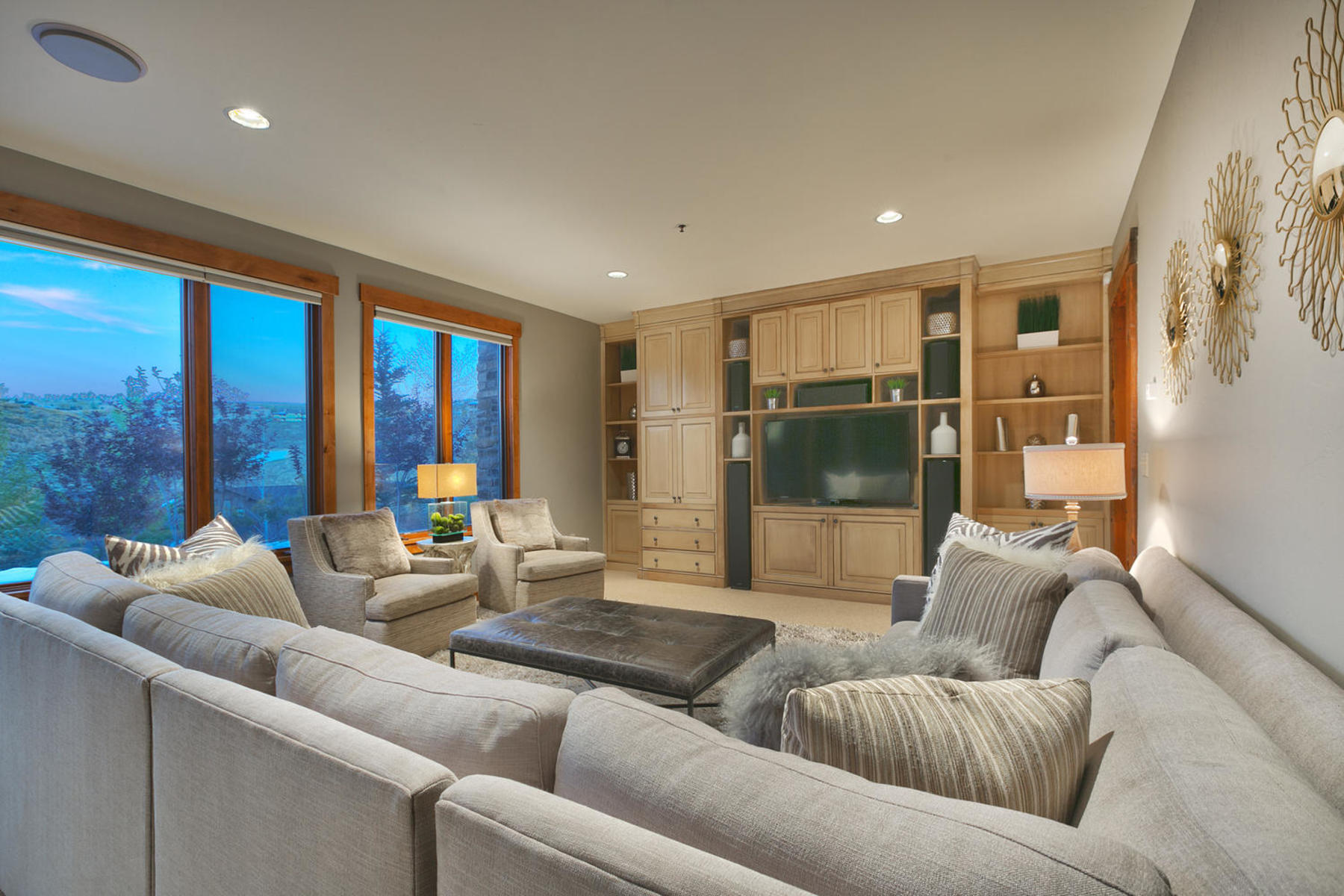 Additional photo for property listing at Fabulous Golf Club Cabin in Promontory 8584 Ranch Club Ct Park City, Utah 84098 United States
