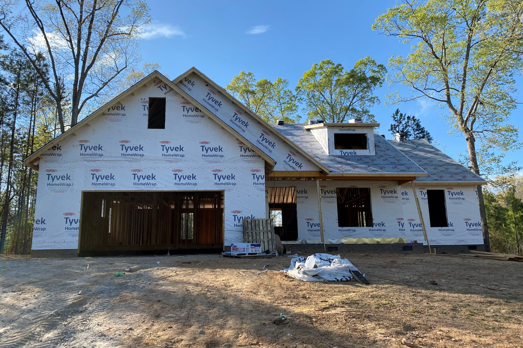 Single Family Homes for Sale at 10 Pine Knot Drive Pelzer, South Carolina 29669 United States