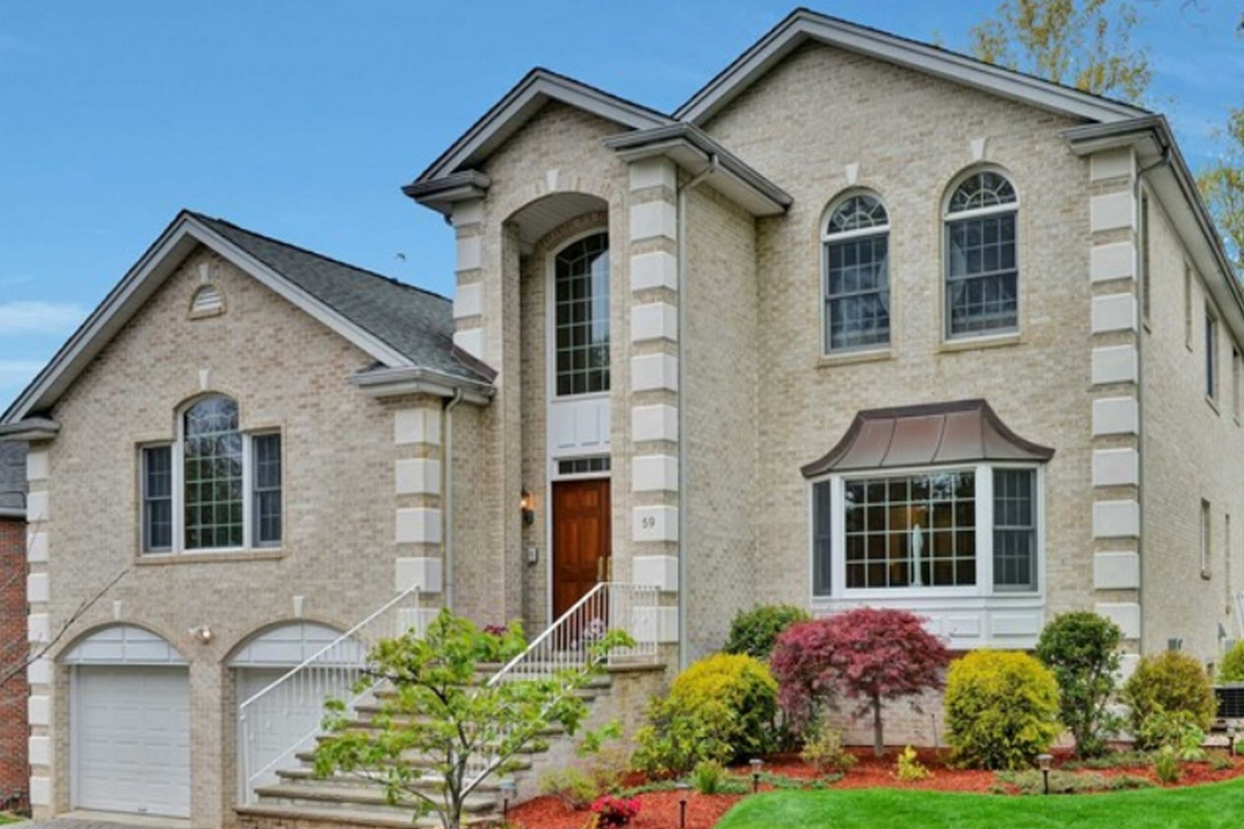 Single Family Homes for Sale at 59 Toni Dr Englewood Cliffs, New Jersey 07632 United States