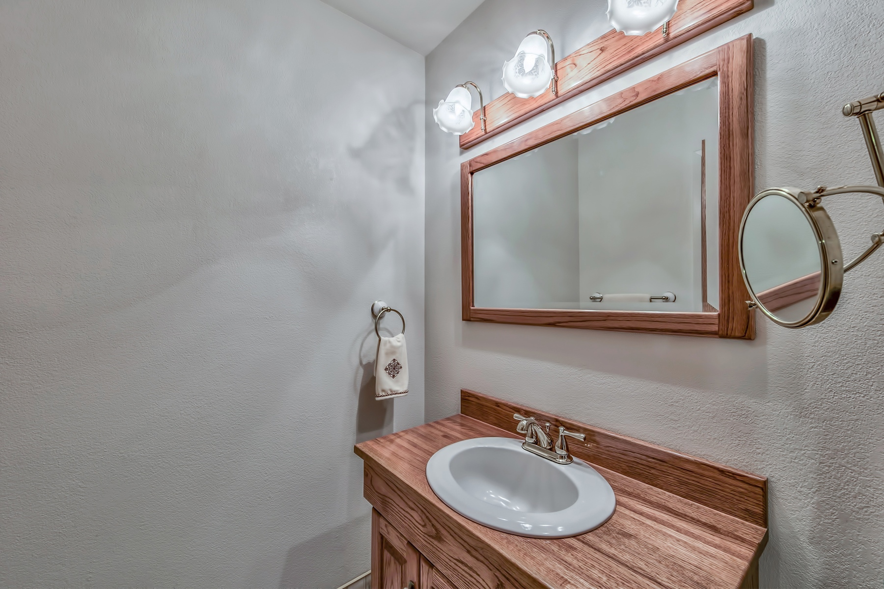 Additional photo for property listing at 1439 Ski Run Blvd #H-1, South Lake Tahoe, CA 96150 1439 Ski Run Blvd #H-1 South Lake Tahoe, California 96150 United States
