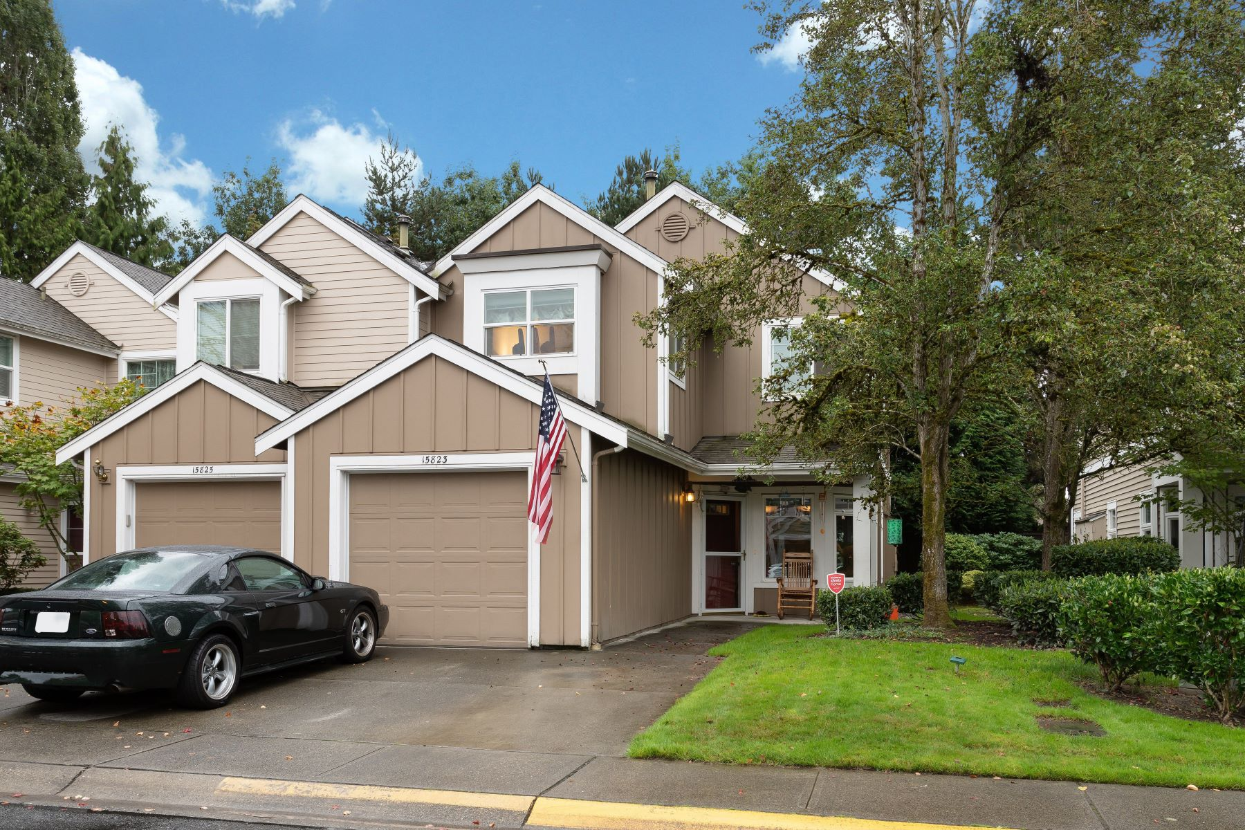 Condominiums for Sale at River Trail Hutchinson 15823 NE 90th Way Redmond, Washington 98052 United States