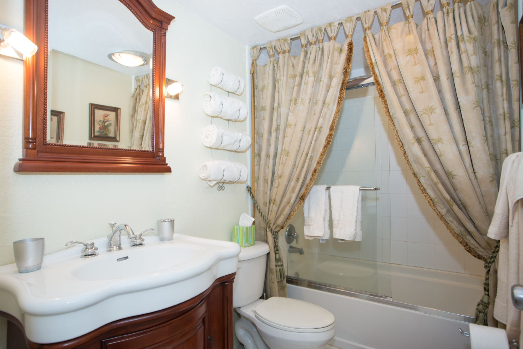 Additional photo for property listing at Seagull condos, Seven Mile Beach Seven Mile Beach,  Cayman Islands