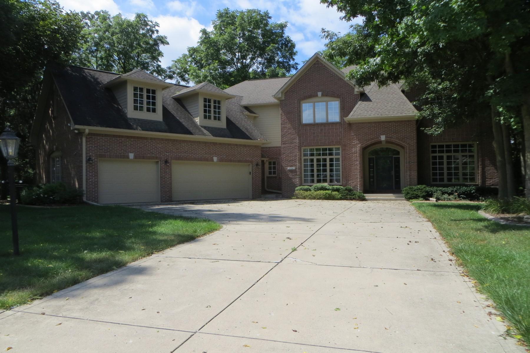 Single Family Homes για την Πώληση στο Spectacular Custom Home in Fishers 9756 Woodlands Drive, Fishers, Ιντιανα 46037 Ηνωμένες Πολιτείες