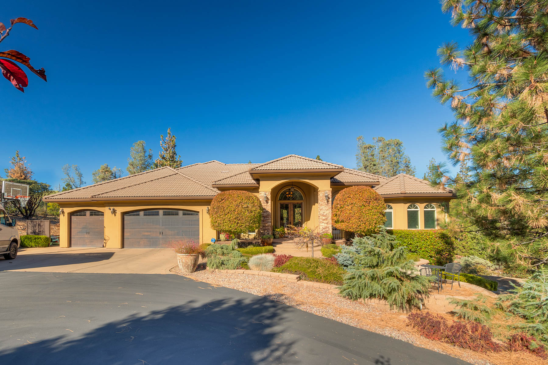 Single Family Homes por un Venta en 11492 Deer Creek Ln, Nevada City, CA 95959 11492 Deer Creek Lane Nevada City, California 95959 Estados Unidos