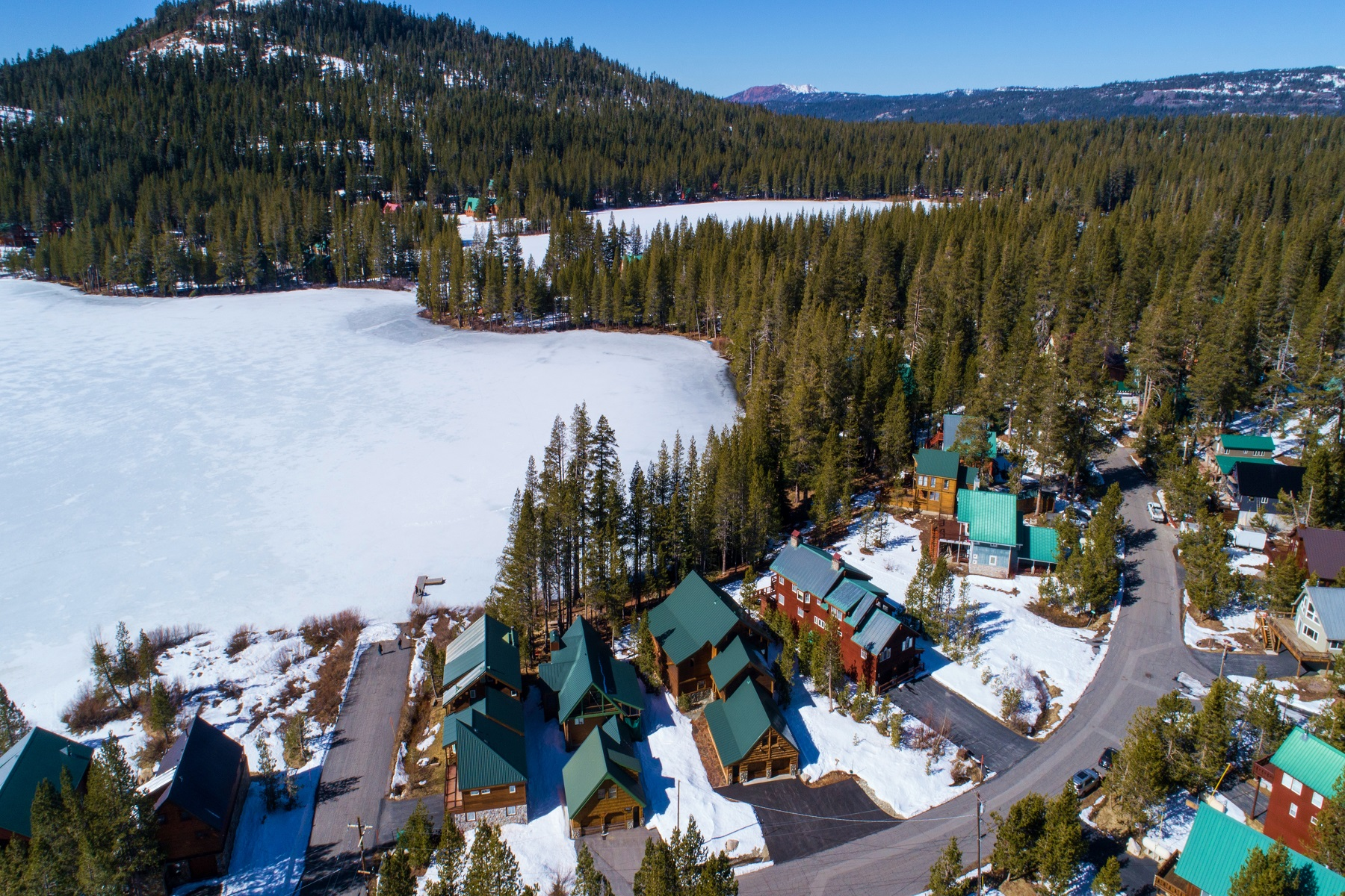 Additional photo for property listing at 3239 Lake Drive, Soda Springs, CA 3239 Lake Drive Soda Springs, California 95728 United States