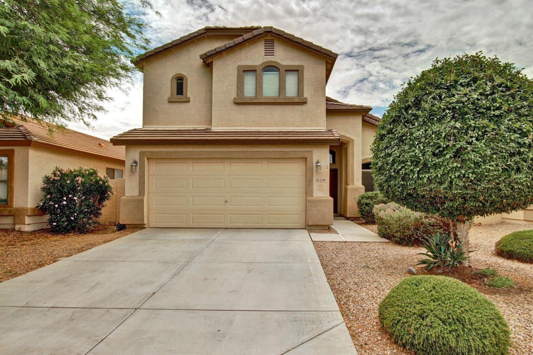 واحد منزل الأسرة للـ Sale في Outstanding Rancho Bella Vista Home 2709 E Silversmith Trl San Tan Valley, Arizona, 85143 United States