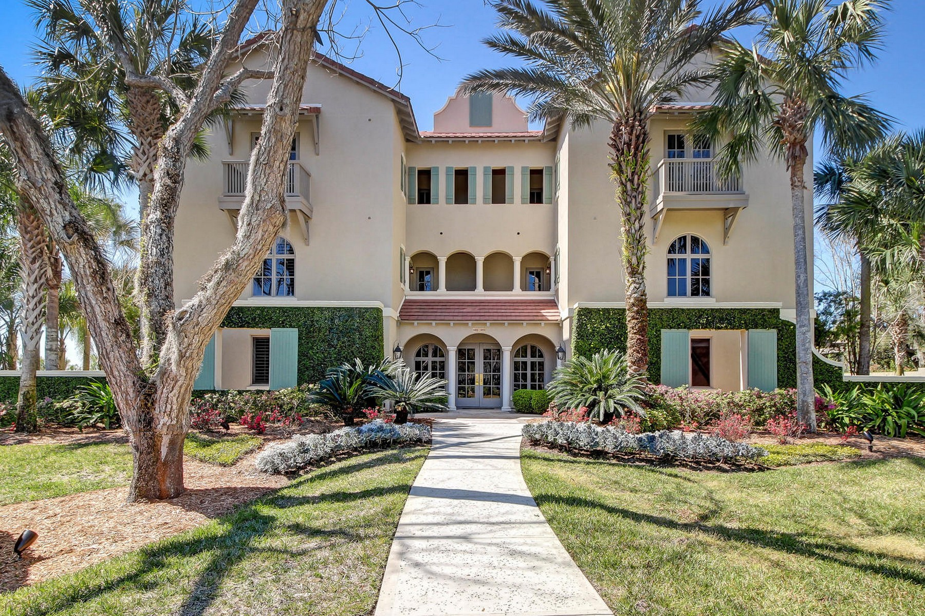 Condominiums for Active at 5005 First Coast Highway Amelia Island, Florida 32034 United States