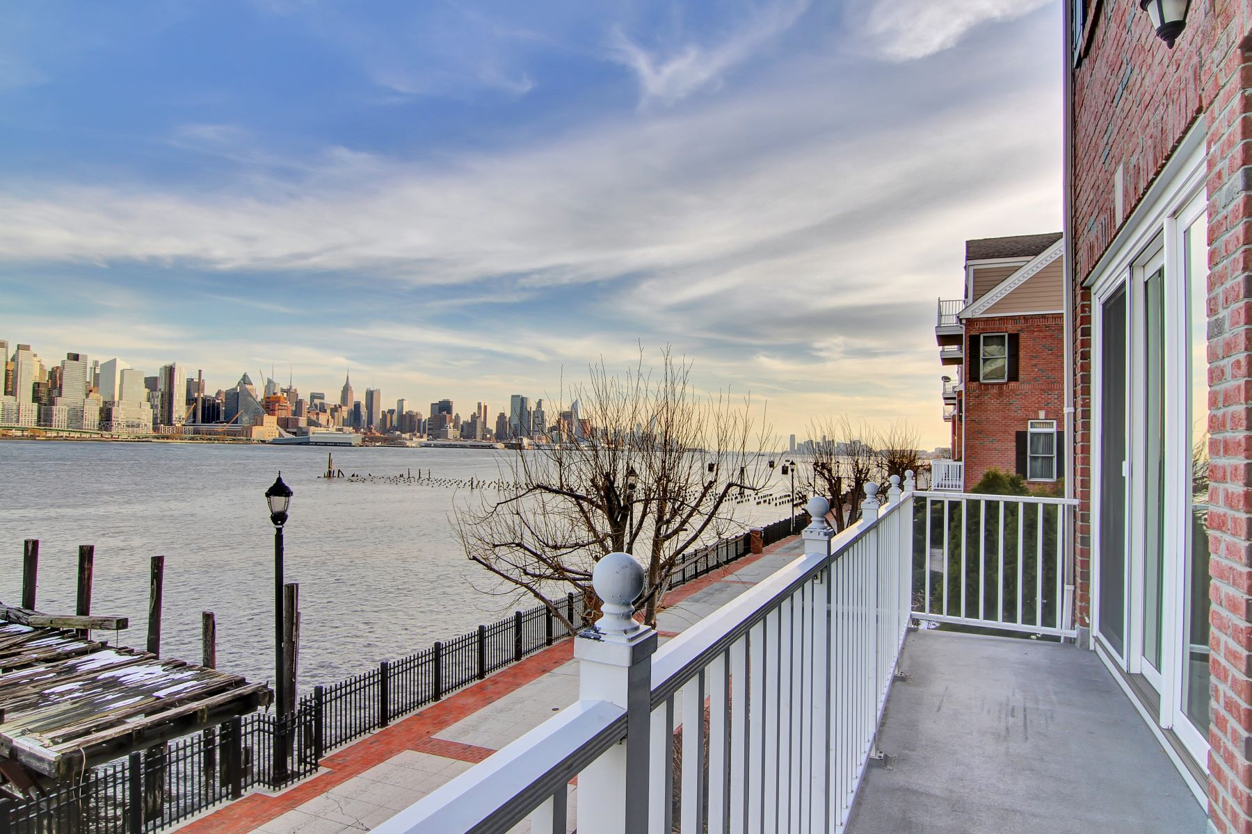 Townhouse for Rent at Spectacular View's 444 Albany CT West New York, New Jersey 07093 United States