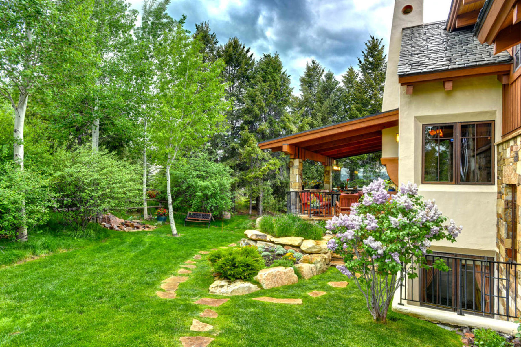 Additional photo for property listing at Custom Home with Contemporary & European Influences 382 El Mirador Edwards, Colorado 81632 United States