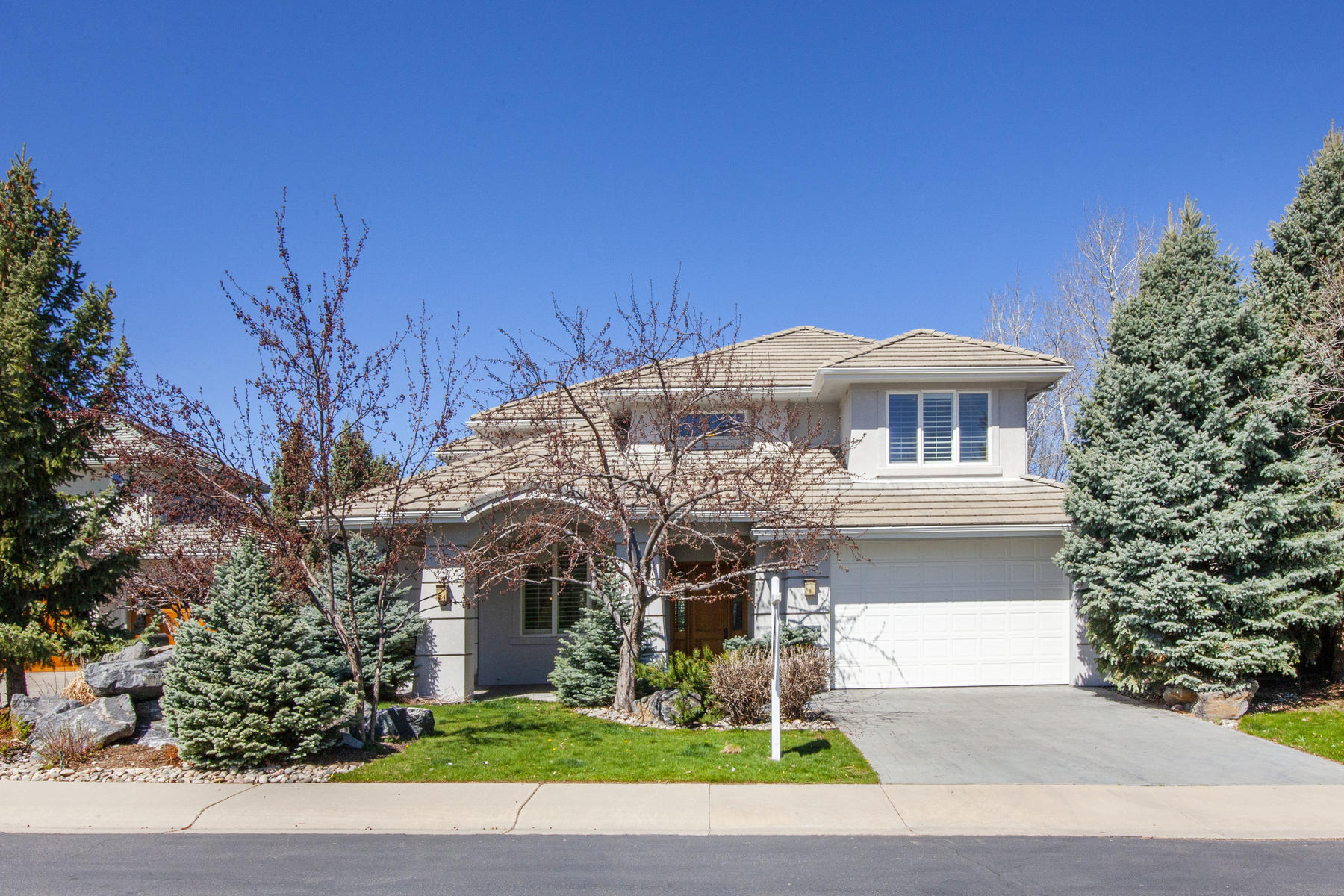 Single Family Homes for Sale at BOULDER BEAUTY CUSTOM HOME BACKING TO NORTH PALO PARK 4017 Nevis Street Boulder, Colorado 80301 United States
