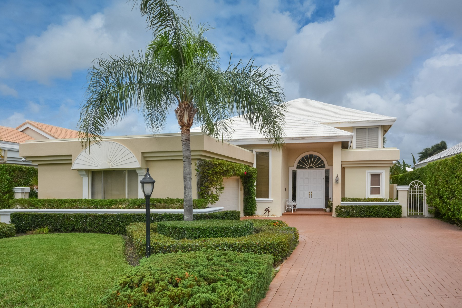 Single Family Home for Sale at 7261 Gateside Dr , Boca Raton, FL 33496 7261 Gateside Dr, Boca Raton, Florida, 33496 United States