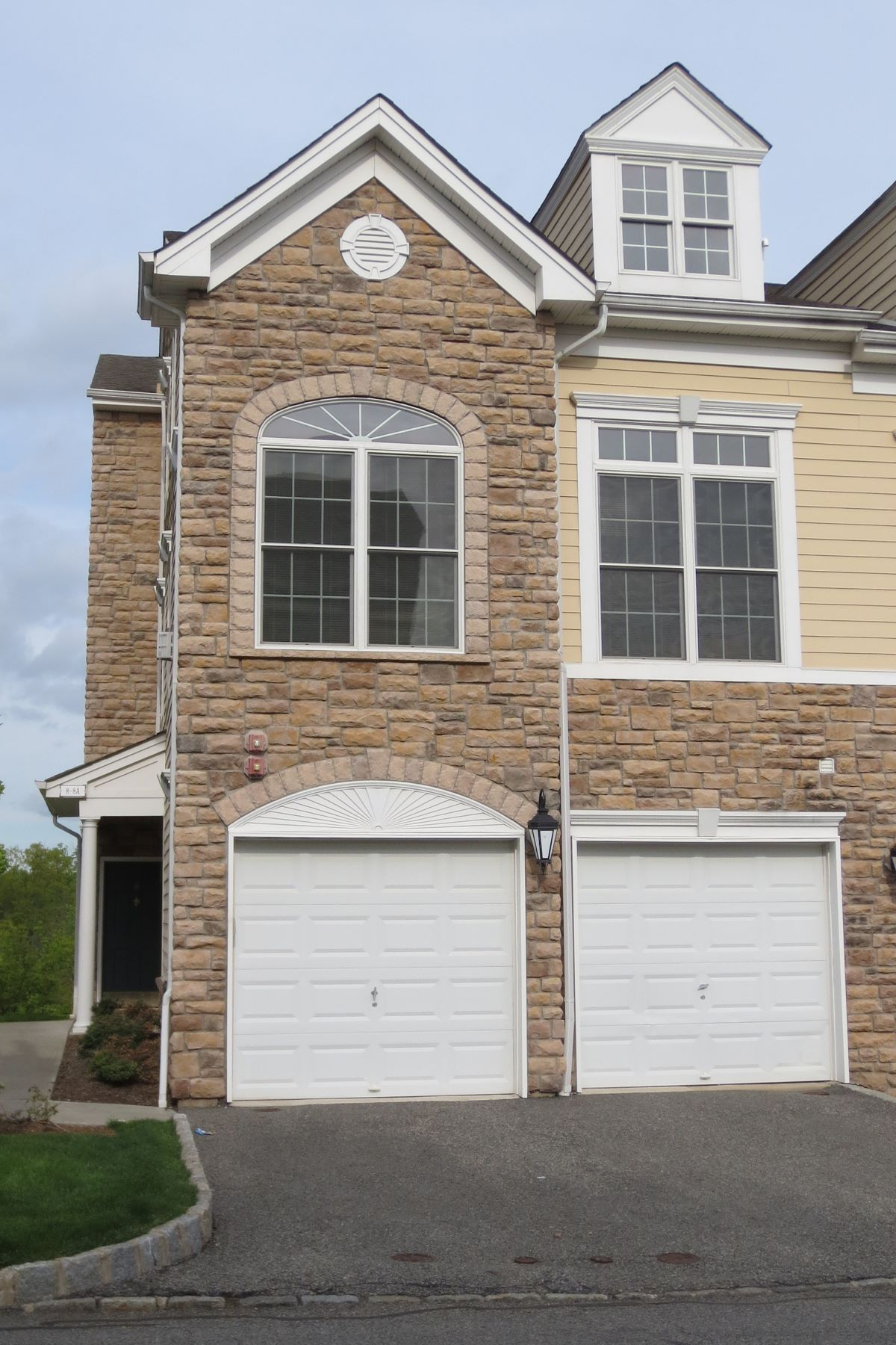 Townhouse for Rent at Valley View at Montvale! 8A Sweeney Court 8A Montvale, New Jersey 07645 United States