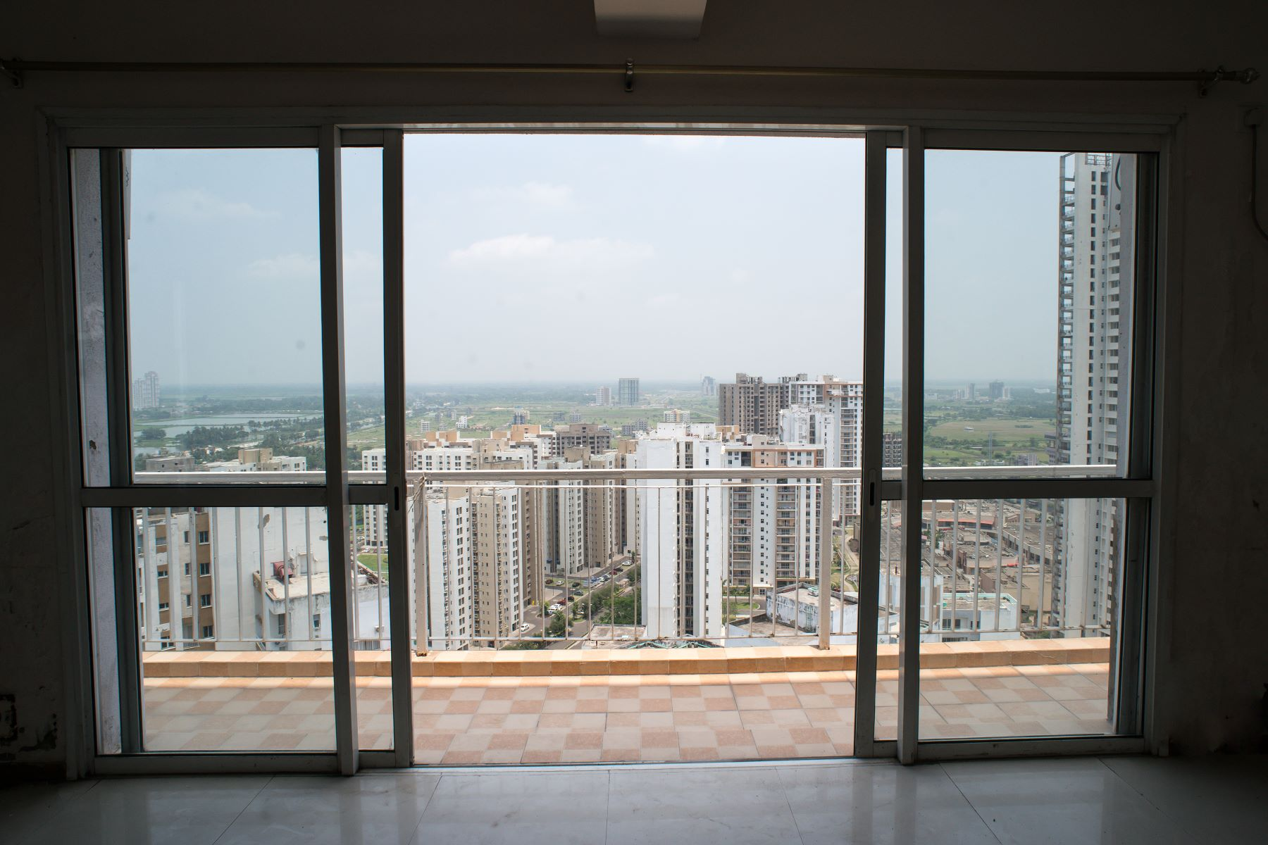 for Sale at Triplex Penthouse in Unitech Heights Unitech Heights, Uniworld city, Arterial Road New town, Rajarhat Kolkata, West Bengal 700156 India