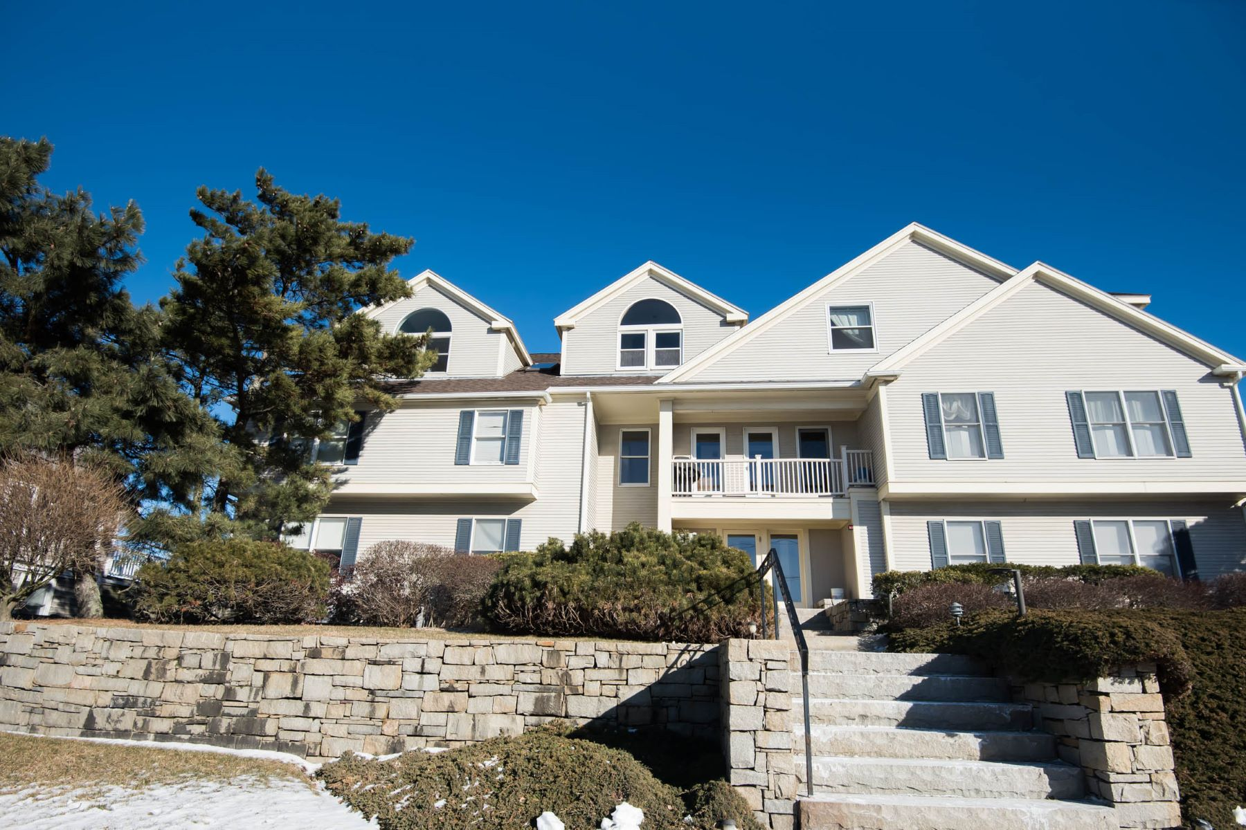 Condominium for Active at 66 Glades Road Unit 2 Scituate, Massachusetts 02066 United States