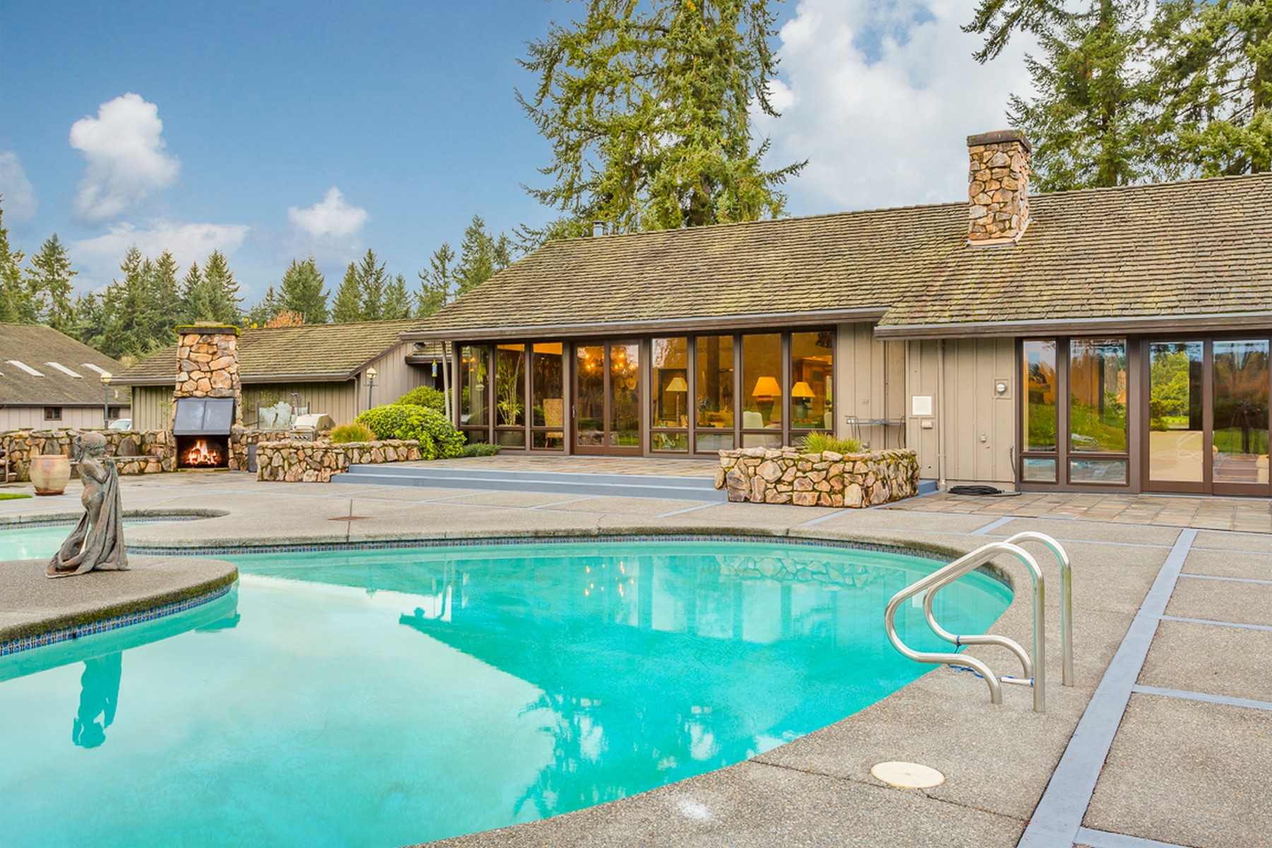 Additional photo for property listing at Misty Isle Farms 12011 SW 220th St Vashon, Washington 98070 United States