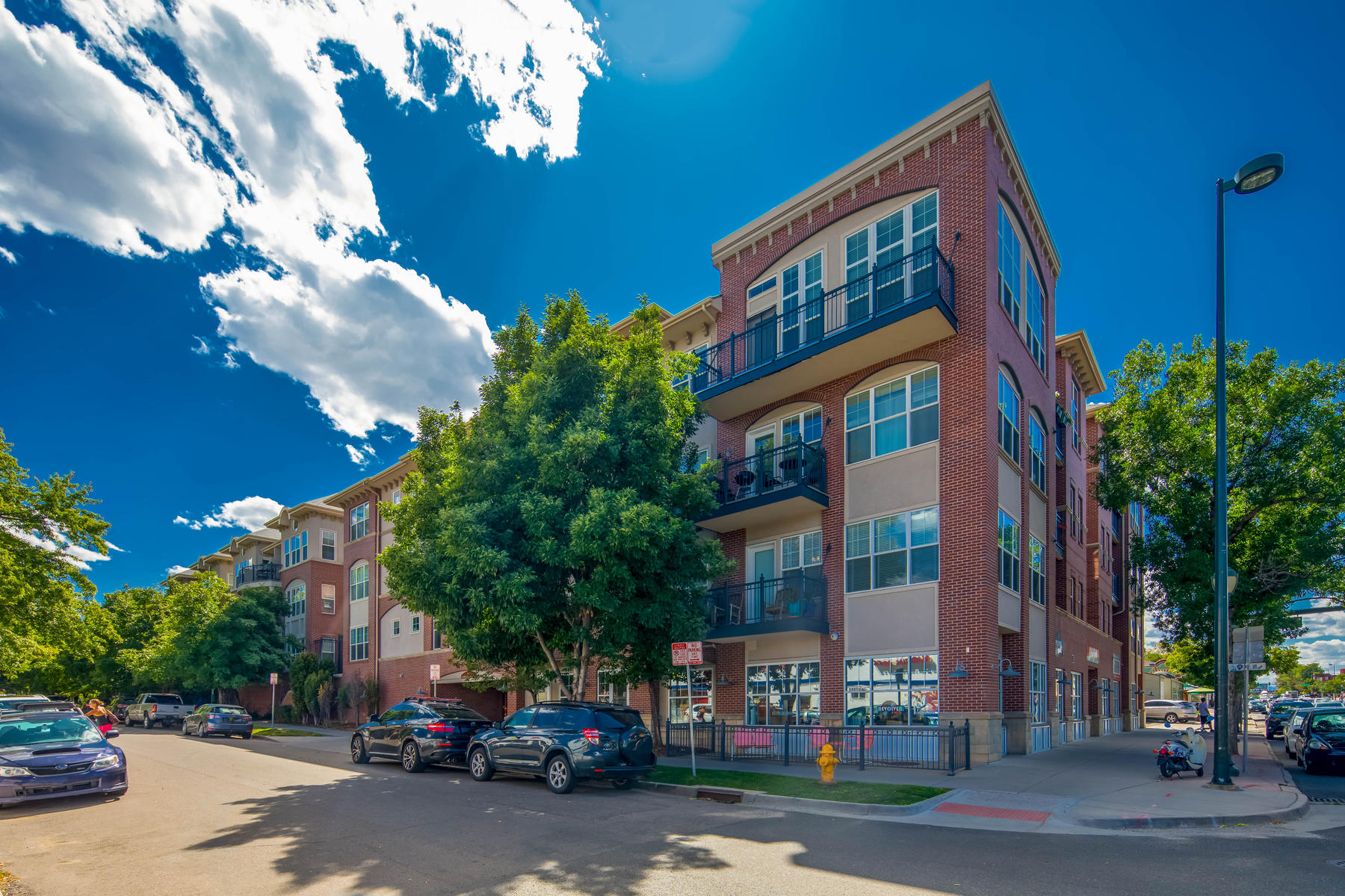 Property for Active at Loft Style Open Condo In High Walk-ability Area! 1489 Steele St #207 Denver, Colorado 80206 United States