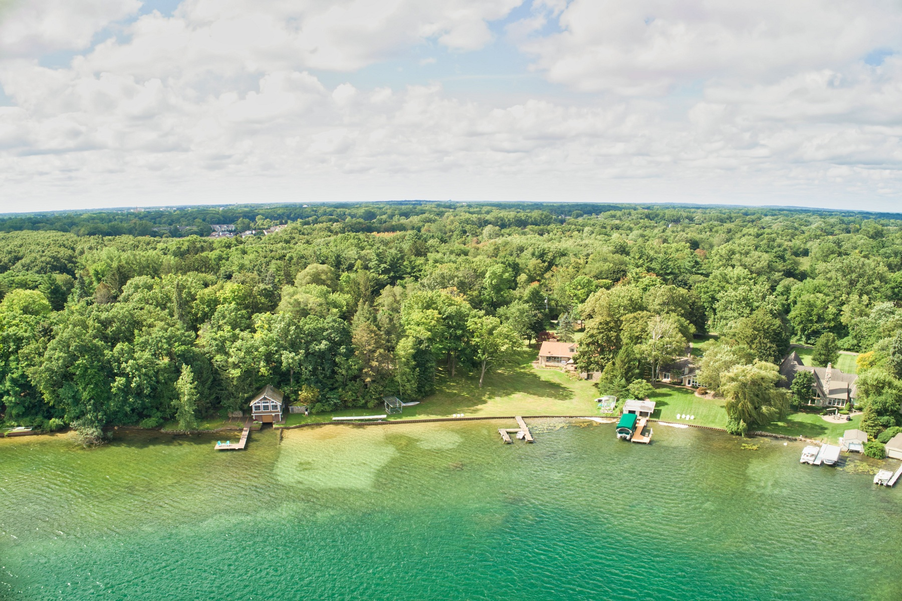 Land for Active at 990 Lake Angelus Shores Lake Angelus, Michigan 48326 United States