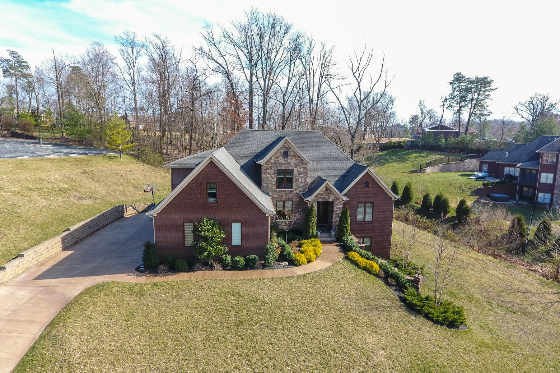 Single Family Homes por un Venta en 3503 Chateau Way Floyds Knobs, Indiana 47119 Estados Unidos