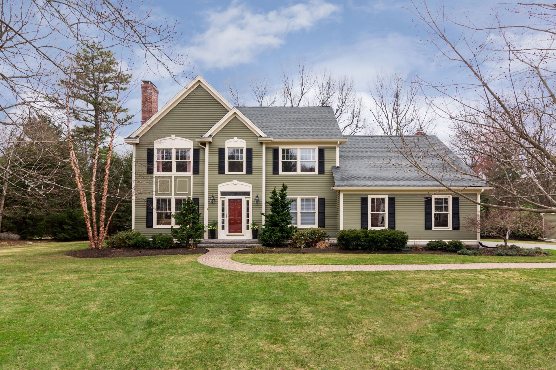 Single Family Home for Active at 14 Copeland Drive, Bedford 14 Copeland Dr Bedford, Massachusetts 01730 United States