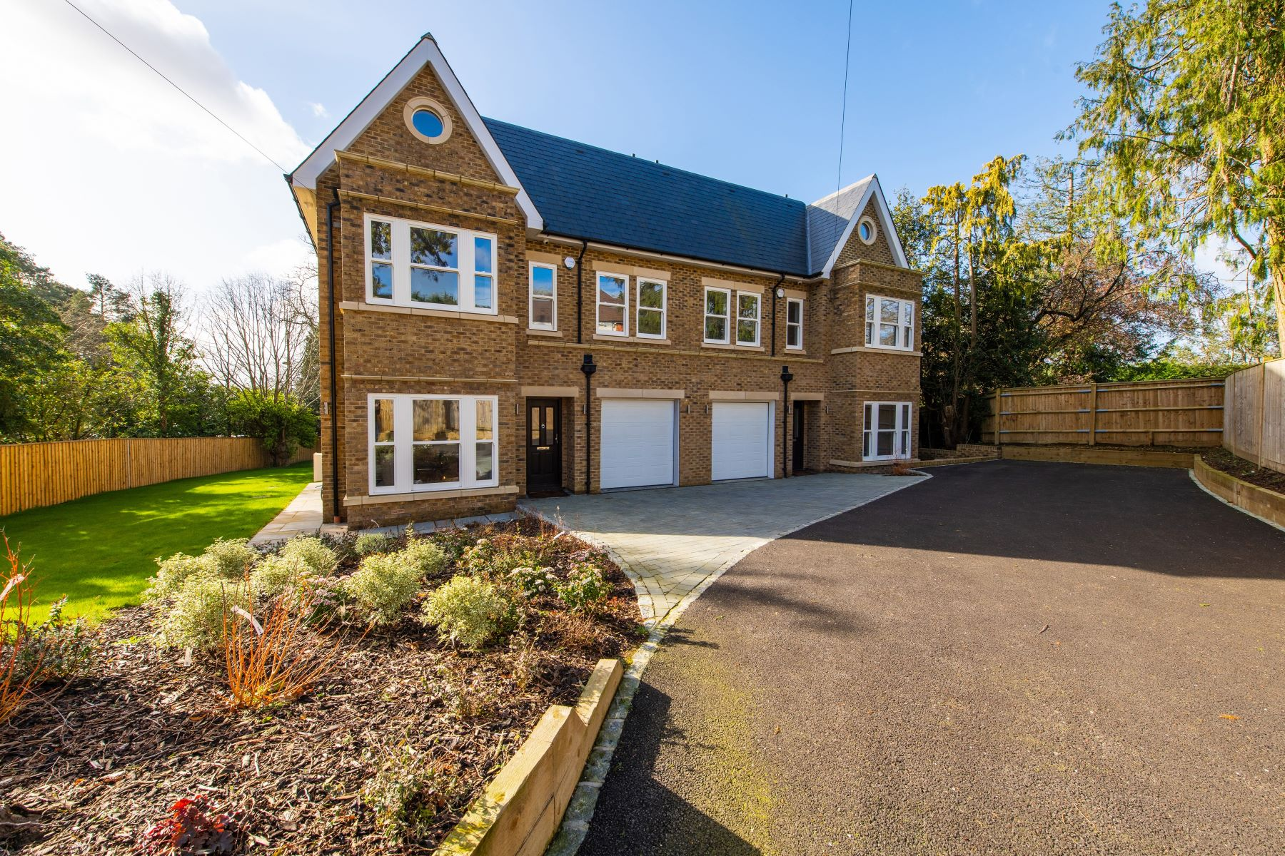 Single Family Homes for Sale at 1 Willow Croft, Leatherhead Road Oxshott, England KT22 0HG United Kingdom