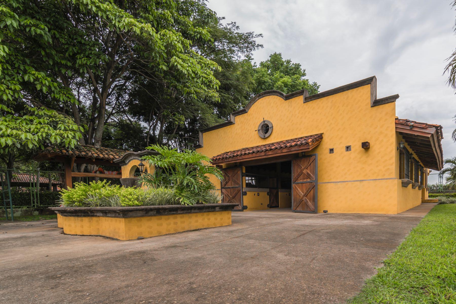 Hacienda and Estancia Homes por un Venta en Casa Premier Polo Other Alajuela, Alajuela Costa Rica
