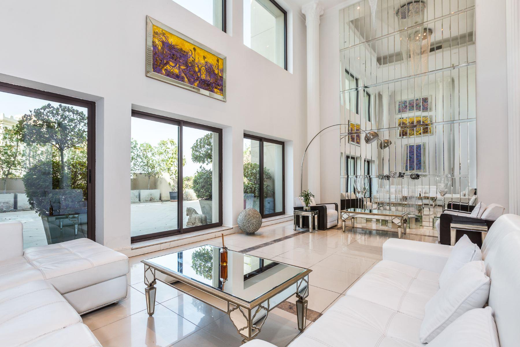 Apartment for Sale at Opulent Penthouse Palm Jumeirah Dubai, United Arab Emirates