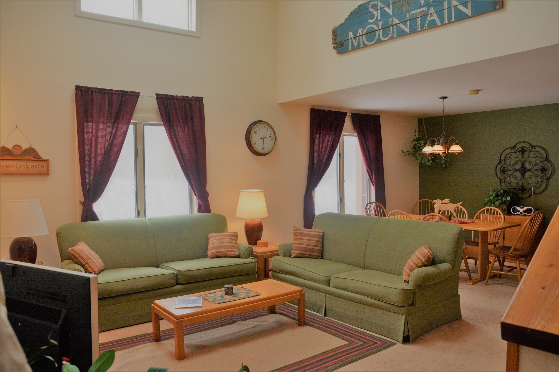 شقة بعمارة للـ Sale في 228 Snow Mountain Village, Dover Dover, Vermont, 05356 United States