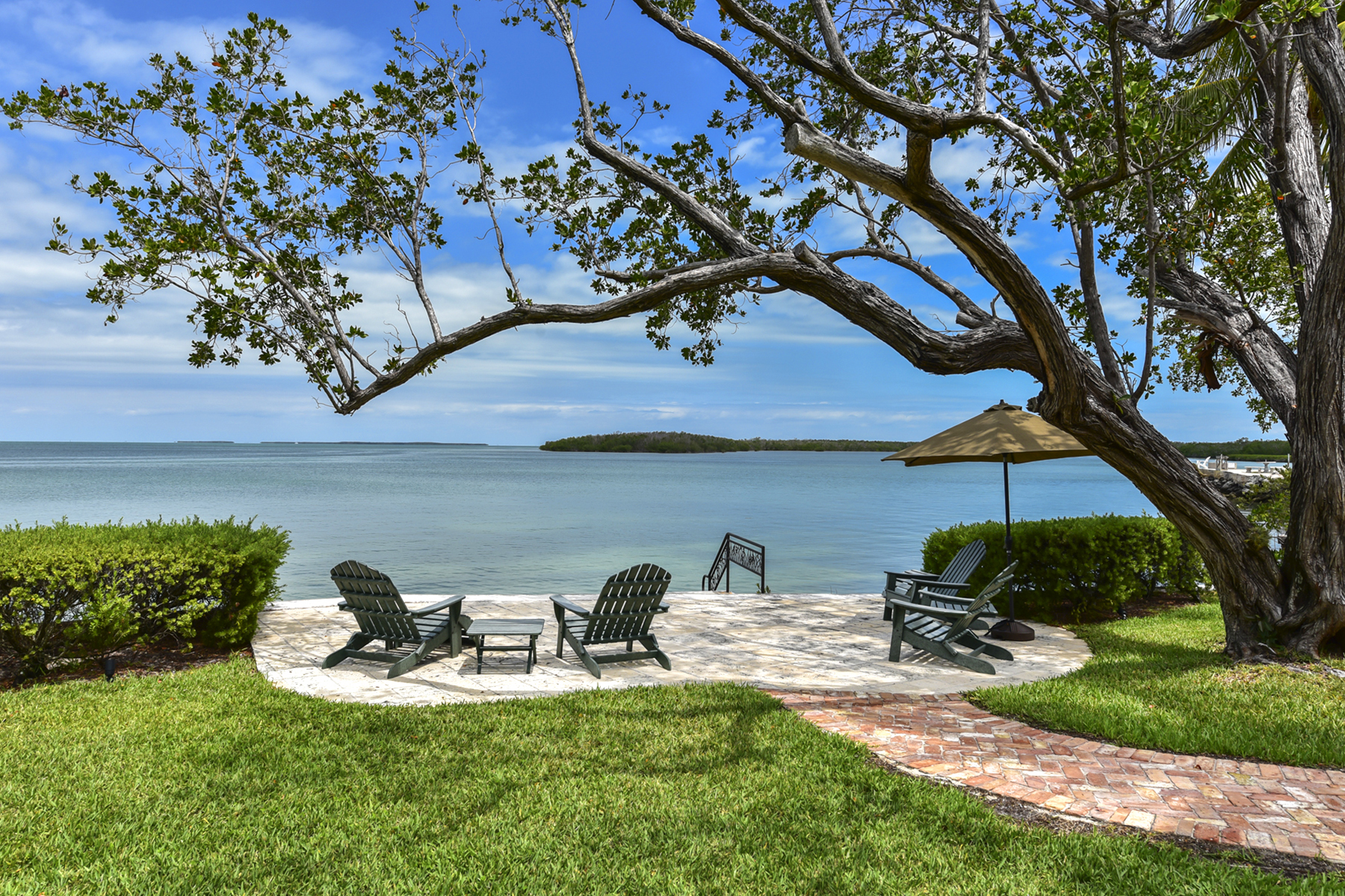 Single Family Homes for Active at 82994 Overseas Highway, #23, Islamorada, FL 82994 Overseas Highway 23 Islamorada, Florida 33036 United States