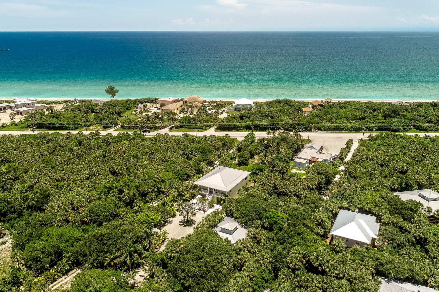 Additional photo for property listing at Lee Family 126 Paradise Point Drive Melbourne, Florida 32951 United States