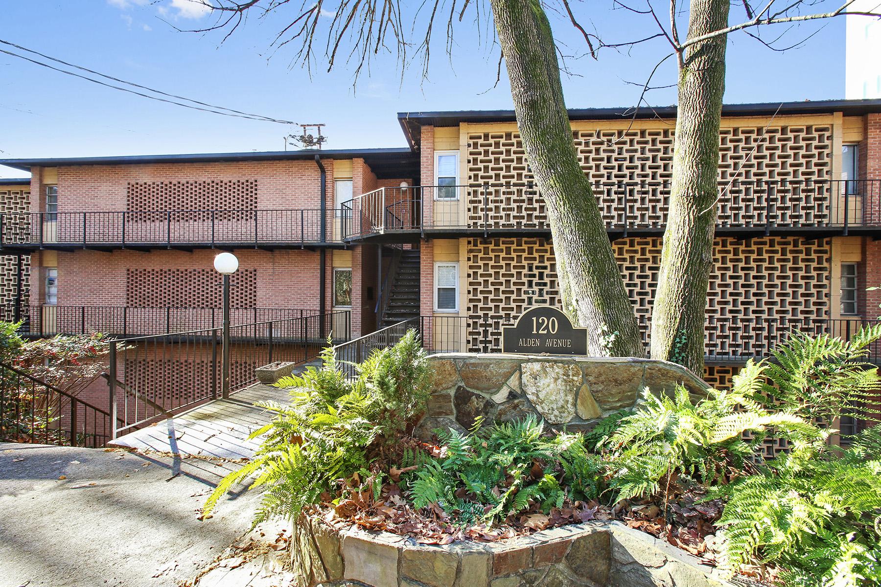 Condominium for Sale at Charming Mid-Century Condominium in Prime Location 120 Alden Ave C4 Atlanta, Georgia 30309 United States