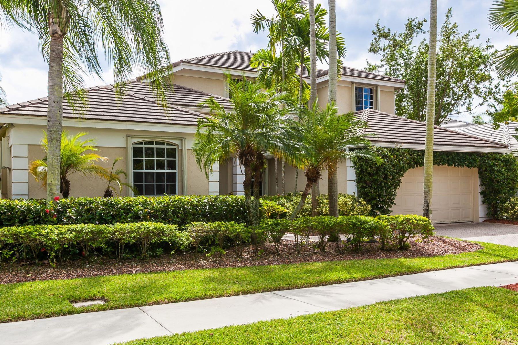 Частный односемейный дом для того Продажа на 2589 Jardin Ct. 2589 JARDIN COURT Weston, Флорида, 33327 Соединенные Штаты