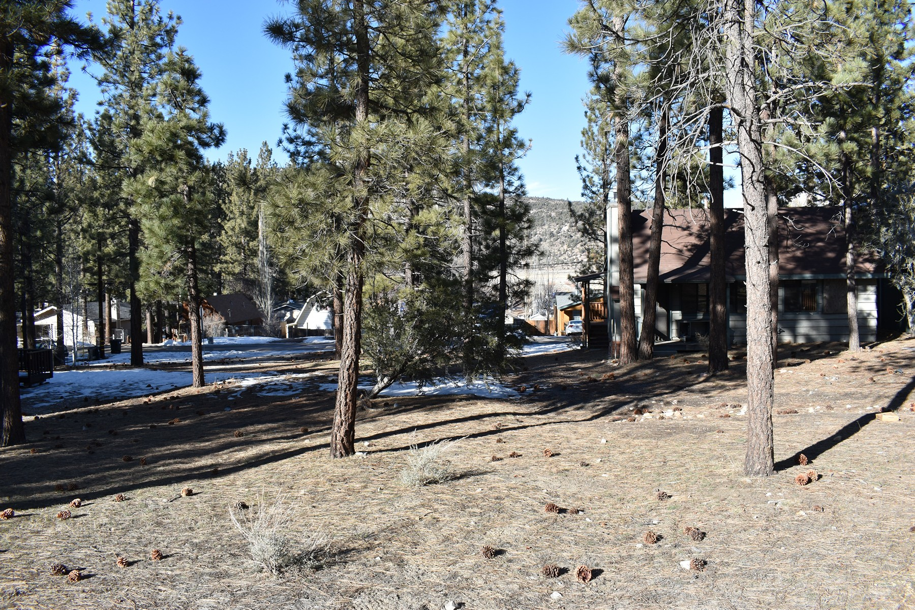 Land for Sale at 0 Country Club, Big Bear City, California 92314 0 Country Club Big Bear City, California 92314 United States